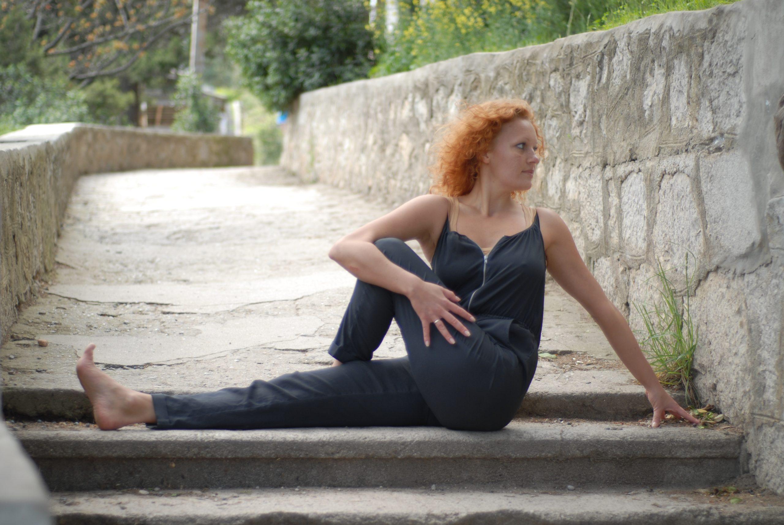 постродовая практика,восстановление фигуры после родов,прогибы,вытяжение спины,скручивания,стимуляция пищеварения,успокоить нервы,укрепить спину, поза Верблюда